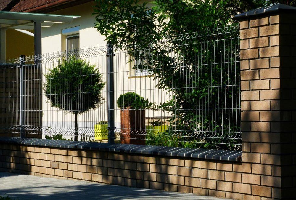 W jaki sposób zabezpieczyć ogrodzenie panelowe przed kradzieżą? – specjalistyczny poradnik